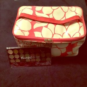 Kate Spade Makeup Case Free Gift in Photo